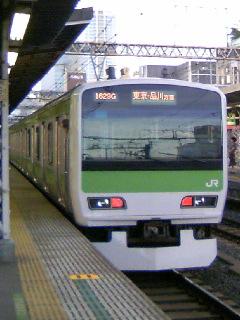 山手線E231系V字!